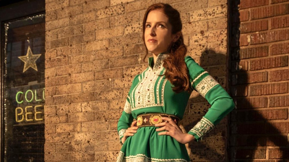 Noelle The Comedy Film Starring Anna Kendrick What Costume